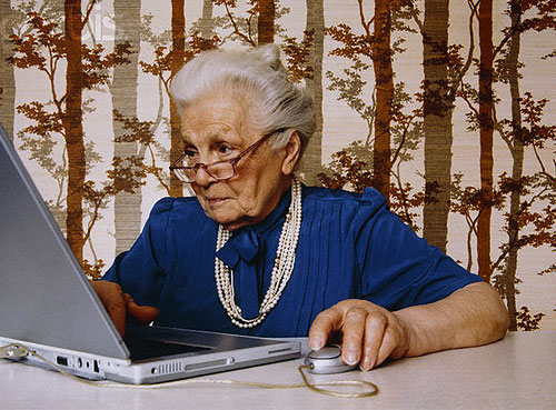 Old-women-on-laptop